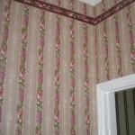 wallpaper-scotia & door jamb